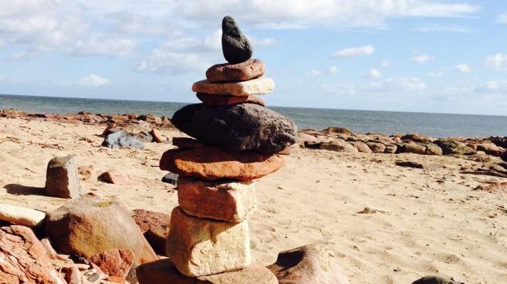 cropped-stones4.jpeg